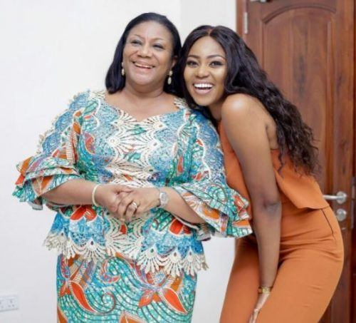 Ghanaian Women Kaba And Slit- 20 Beautiful Kaba Outfit Ideas